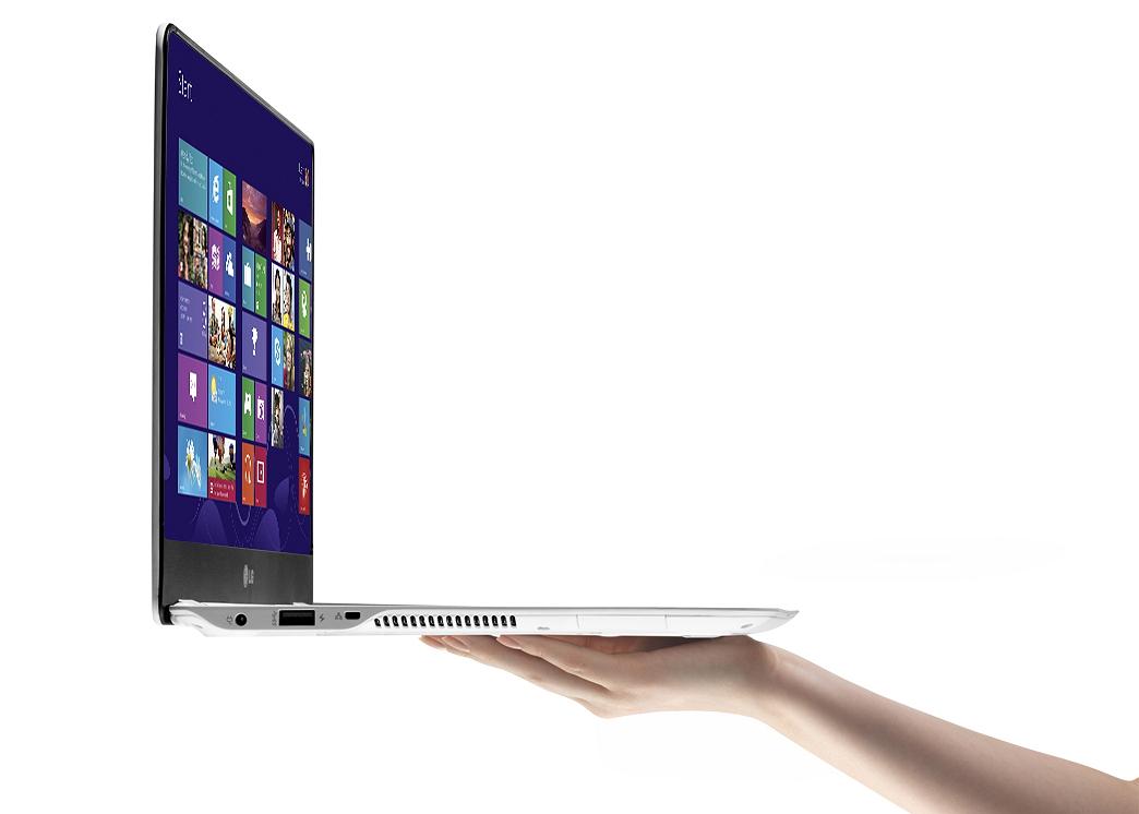 LG_13.3-inch_Ultra_PC_(Model_13Z940)