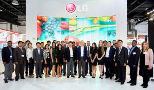 The official global launch of LG's narrowest video wall by Mr. Kevin Cha...